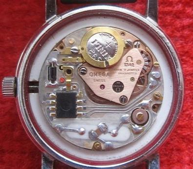 欧米茄换电池价格是多少?解析石英手表换电池水涨船高的行情图片