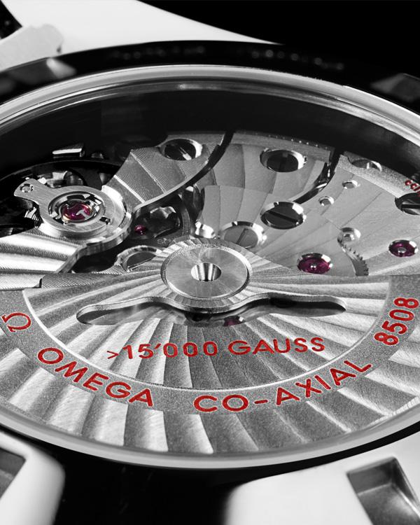 欧米茄海马系列 231.10.42.21.01.002 防磁腕表