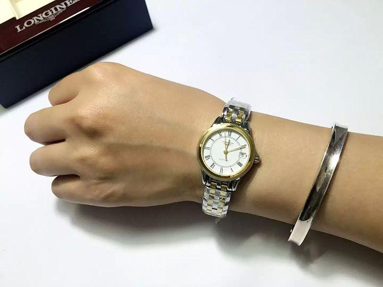 浪琴L4.274.3.21.7手表【表友晒单作业】看着小,戴...