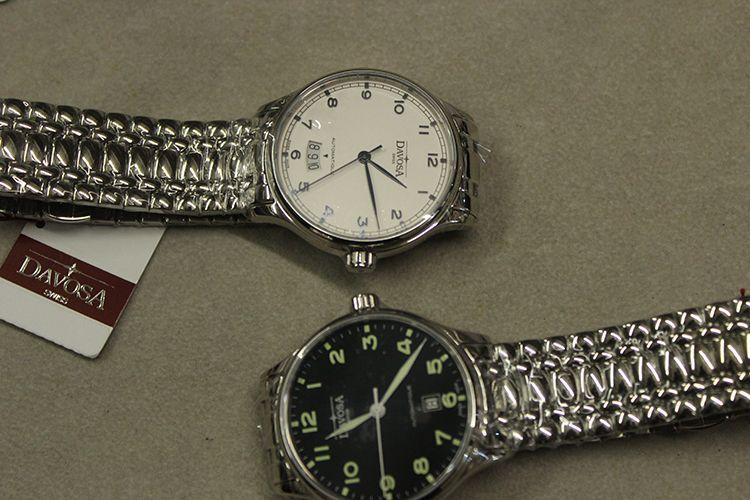 迪沃斯16145610手表【表友晒单作业】入手两个色...