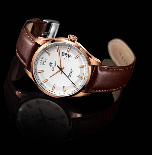 名爵阿波罗系列 7216 腕表
