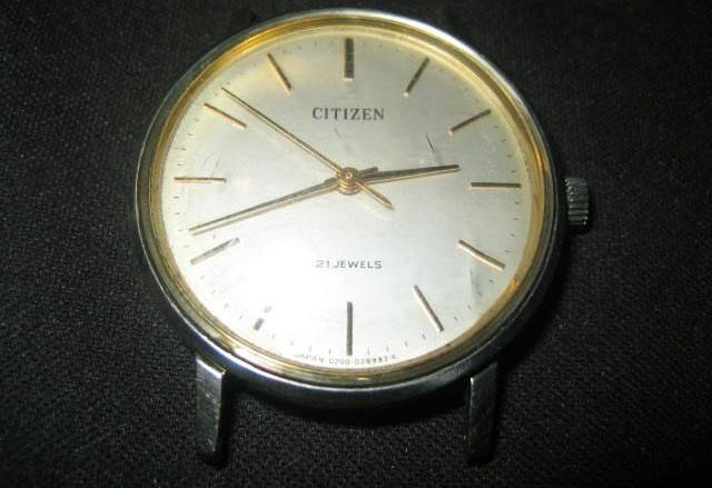 老款西铁城手表图片欣赏
