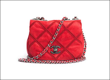 奢侈品牌Chanel(香奈儿)推出2013春季艳色包包系列