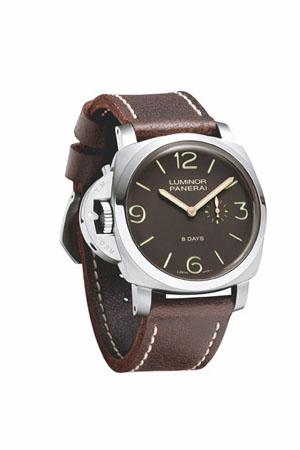 左撇子表:沛纳海44毫米8日动力储存左撇子单按把计时钛金属手表