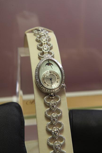 那不勒斯王后手表
