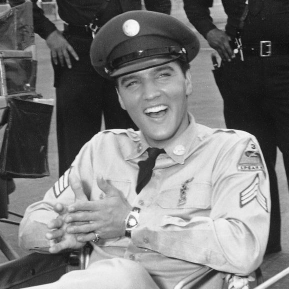 1961 探险伴猫王出演《蓝色夏威夷》