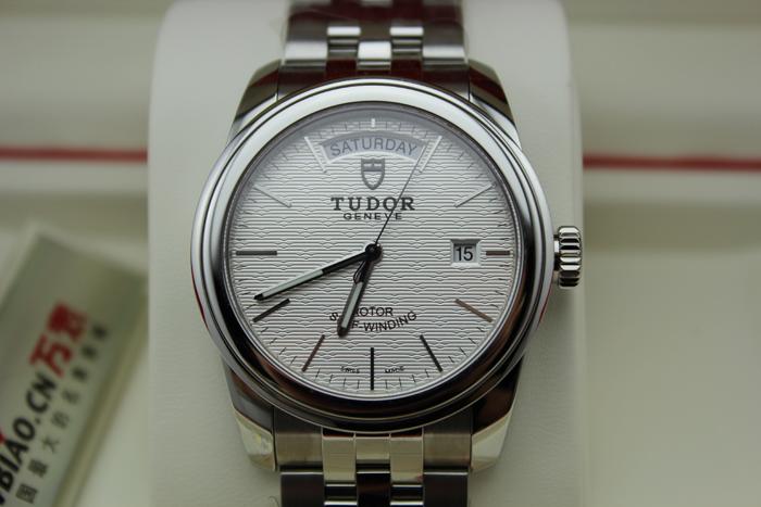 帝舵DUTOR-骏珏星期日历系列 56000-68060(银色提花表面)男士机械表