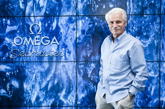 雅安·阿瑟斯-伯特兰出席于欧米茄伦敦专属会所举行的《海洋宇宙》英国首