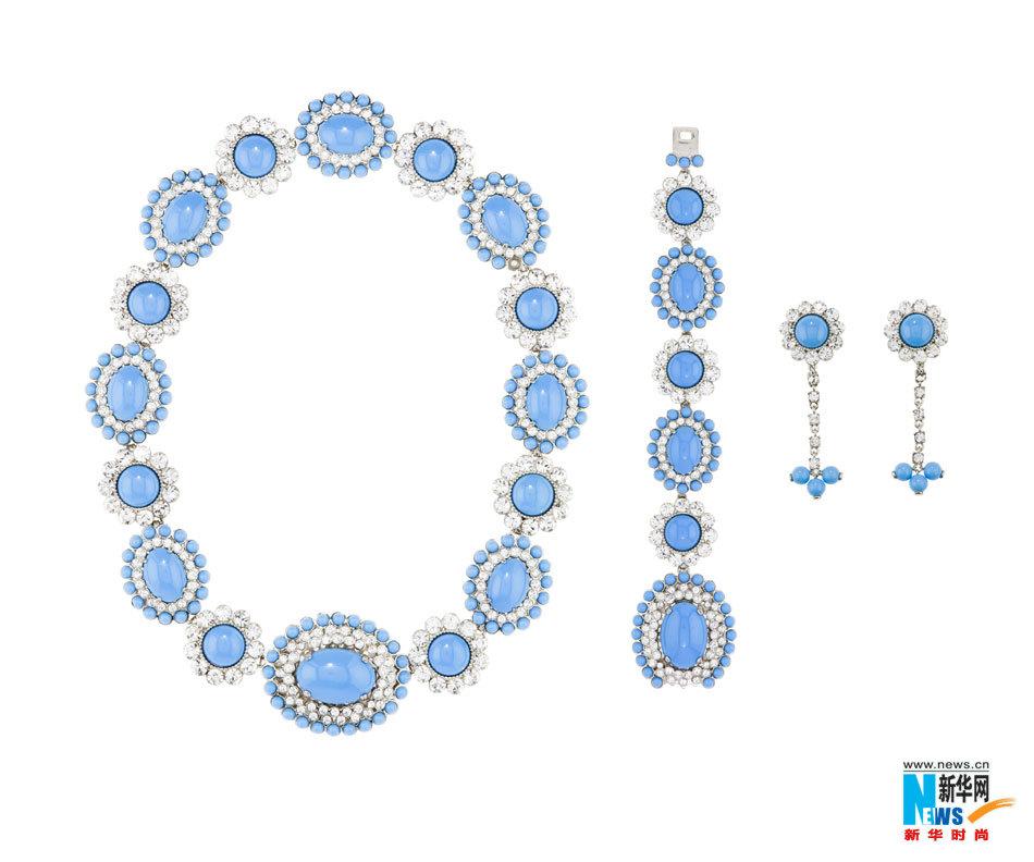 新款Miu Miu珠宝系列在首饰设计和尺寸上大胆创新