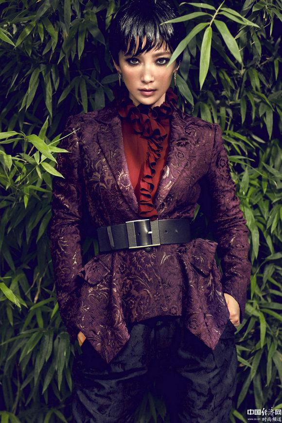 李冰冰身穿Gucci 2012秋冬系列登中国版《VOGUE》十月刊