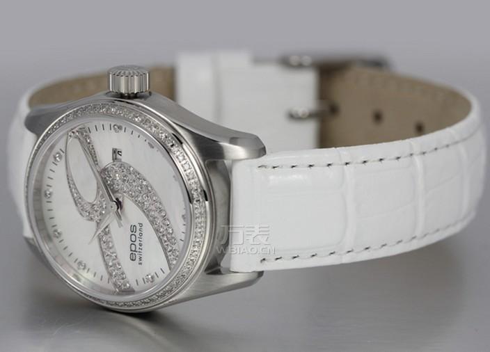精致品味女性 手表珠宝搭配:爱宝时+蒂芙尼