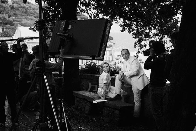 美剧《纸牌屋》与万国表 影帝凯文·斯贝西诠释万国经典魅力