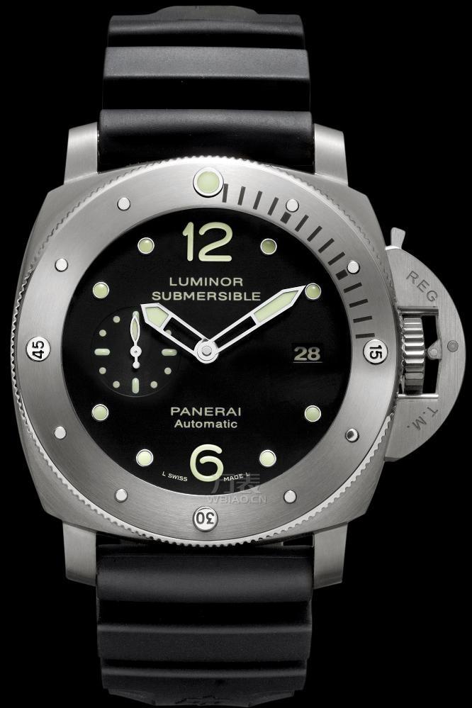沛纳海Luminor 1950 3天动力存储47毫米钛制潜水腕表
