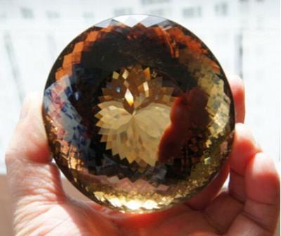 天然水晶怎么形成的,长什么样?
