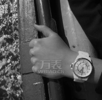 2014年香奈儿手表新款 全新香奈儿女士手表J12奢华升级