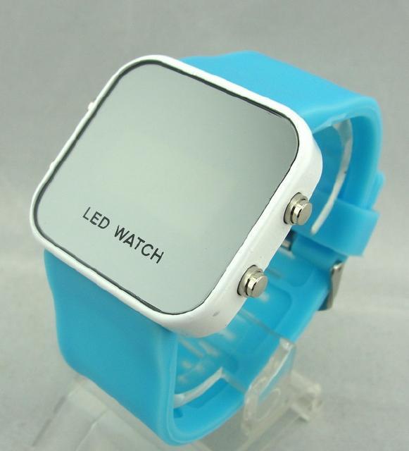 什么是LED手表?发光手表潮人必备