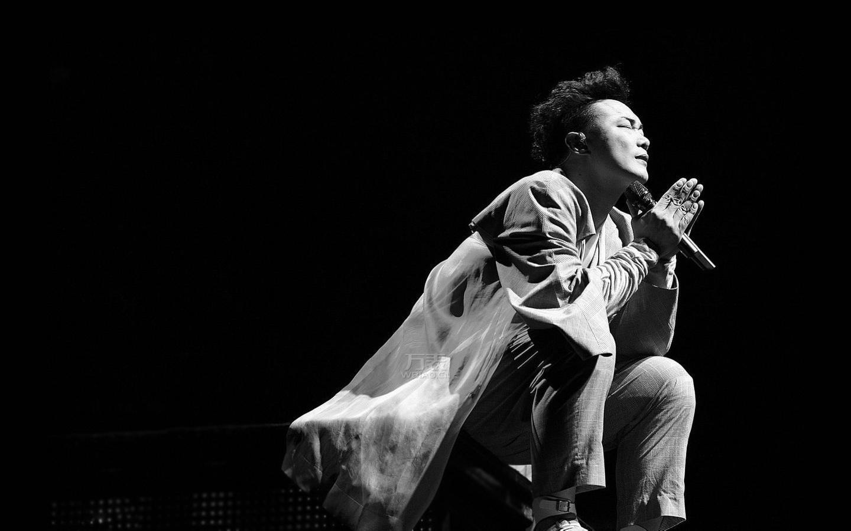 陈奕迅 与手表相关的歌曲《陀飞轮》