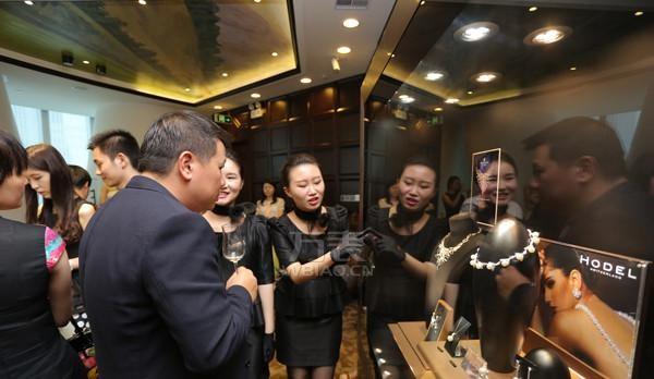钻石世家在广州IFC举办了典藏级珠宝品鉴会