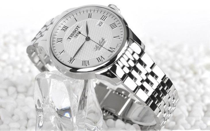 天梭更换表带图解,天梭手表更换表带方法及注意事项