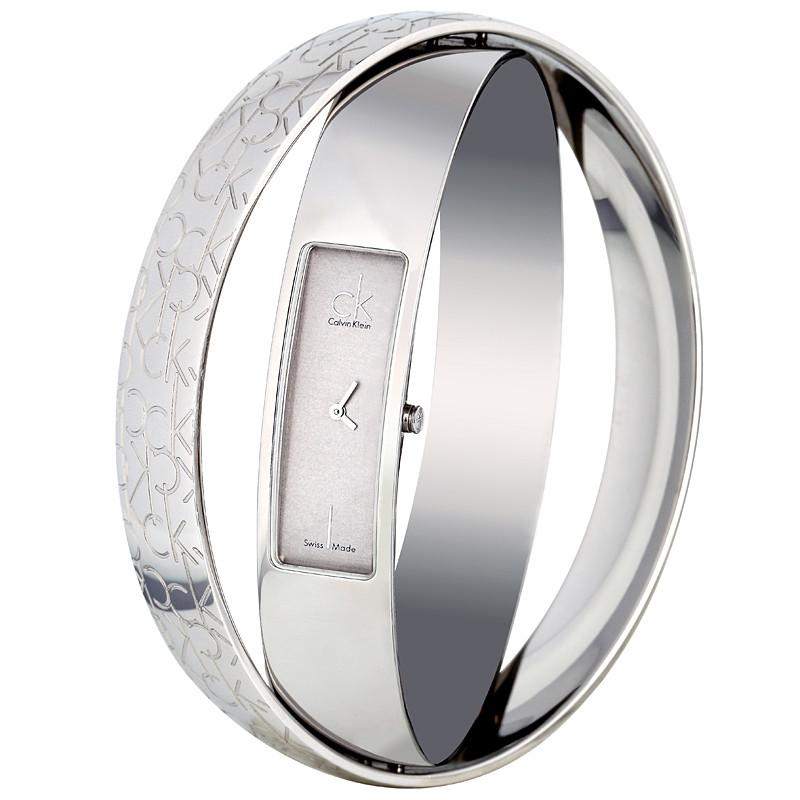 女生手表应该带哪只手?女生脉相影响戴表习惯
