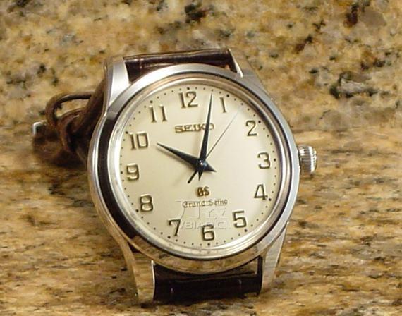 精工手表表链怎么拆?如何让钟爱的精工手表历久弥新