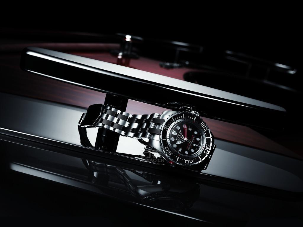简述劳力士的精贵之处,寻找劳力士手表为什么那么贵的缘由