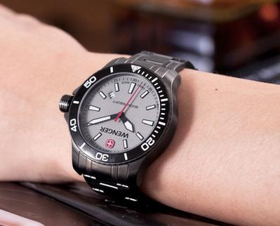 威戈手表好吗?纯正瑞士军表传奇般灵性