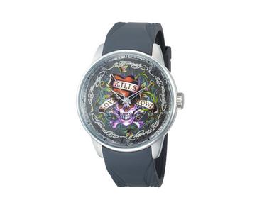 新新精诚表业于广州建立了钟表的设计