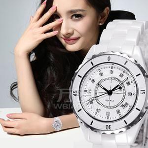 独特的艺术精品——杨幂香奈儿手表,腕上戴出明星的气质