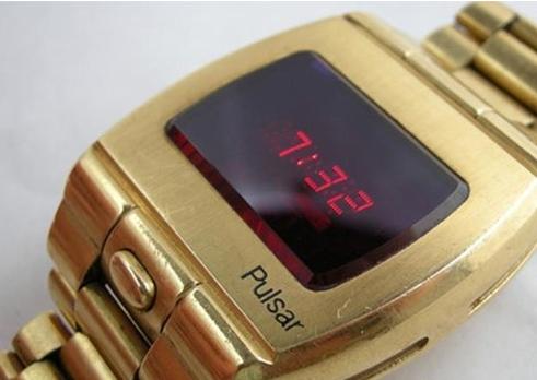 认识PULSAR手表,福特总统的选择