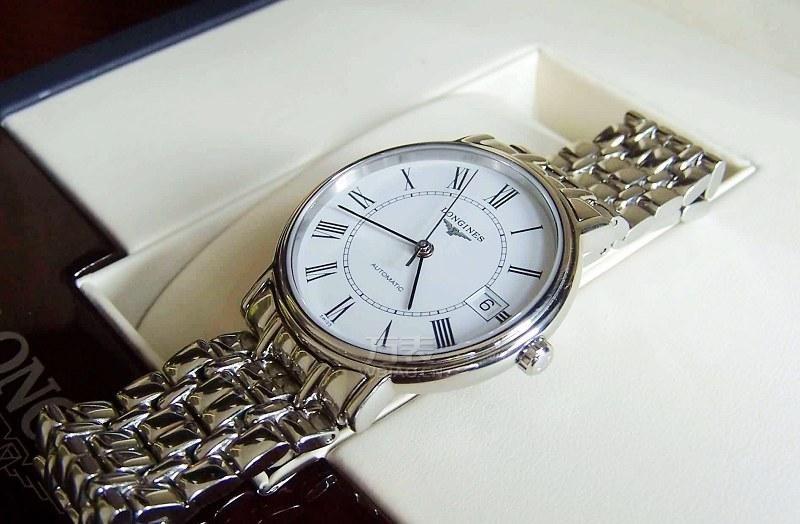 浪琴手表走快是什么原因?如何调整浪琴手表误差?