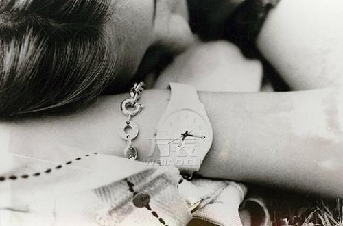 解梦大盘点:周公解梦梦见戴手表,了解你的梦境含义