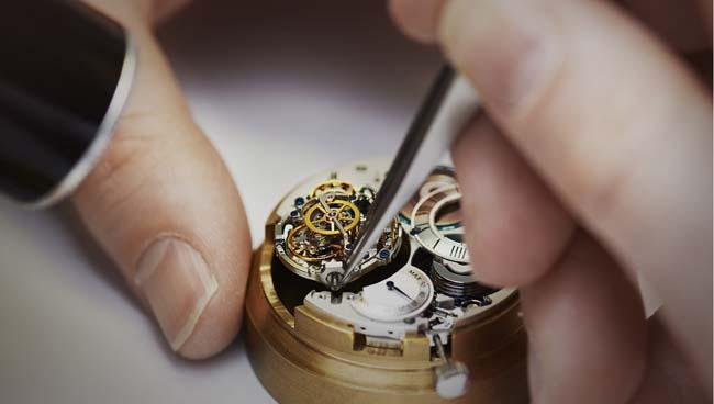 真力时手表洗油价格是多少?分析真力时手表洗油的原因