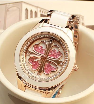 陶瓷手表如何清洗?如何对清洗过后的陶瓷手表进行保养?