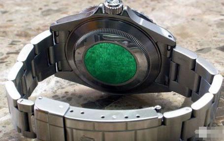 劳力士表扣微调:欣赏劳力士经典GLIDELOCK表带扣技术