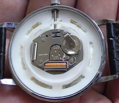 欧米茄换电池价格是多少?解析石英手表换电池水涨船高的行情