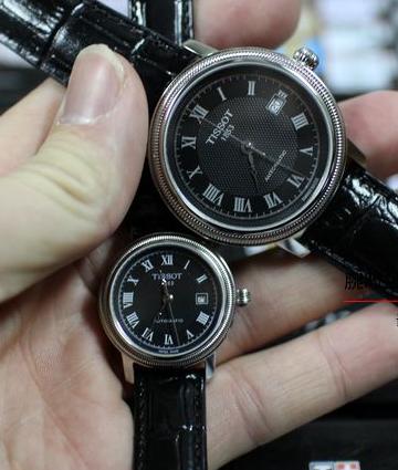 见证爱情的礼物:天梭机械皮带情侣腕表
