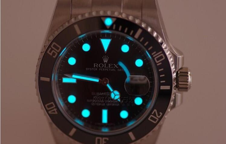 劳力士黑鬼手表价格是多少?黑水鬼表精准成就辉煌