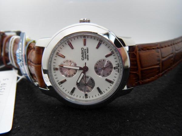 卡西欧手表mtp-1192e-7a 率性气质令人无理由的爱