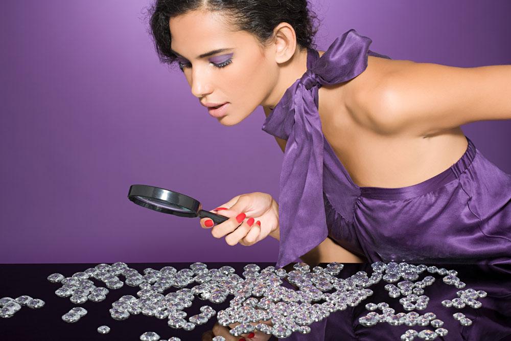 【女性钻表】guess水钻手表与女人不得不说的故事