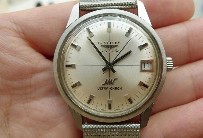 浪琴手表进水怎么办?浪琴手表应该如何保养?