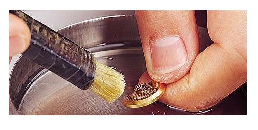 卡西欧手表如何清洗?为你详解卡西欧清洗方法与注意事项