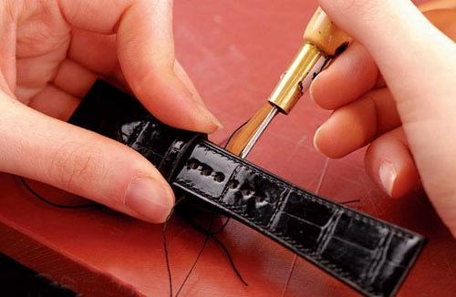 手表带如何拆?手表带拆卸需要注意什么?