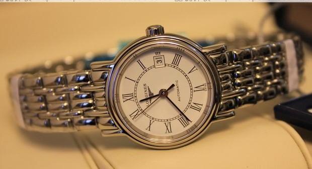 浪琴表去哪里修?平时如何保养浪琴手表?