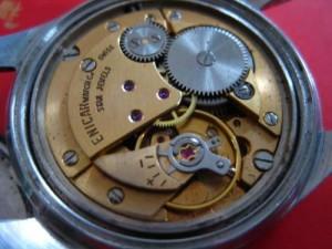 天梭表如何验证真伪?为你详解天梭手表辨别真假的方法