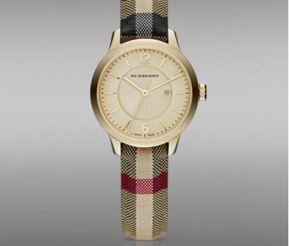 巴宝莉手表链造型新颖,价格昂贵