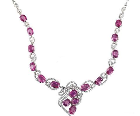 宝石项链 展现出时尚魅力与贵气的象征