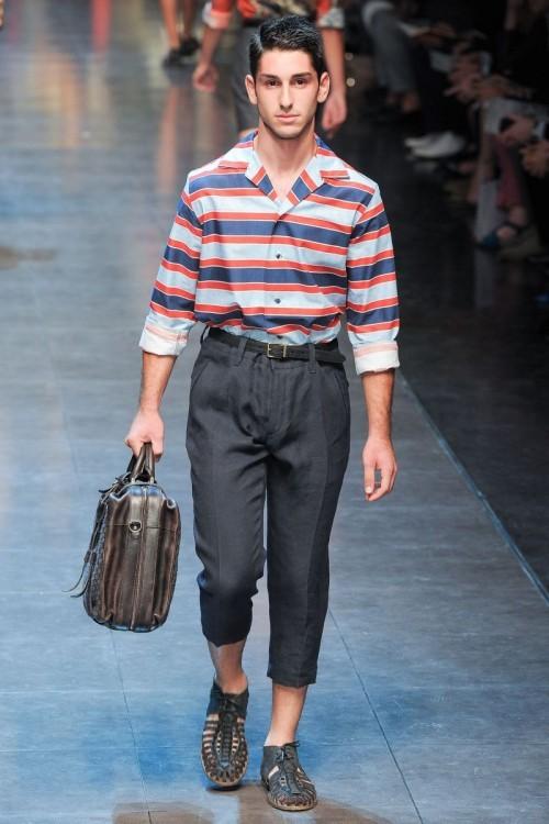 杜嘉班纳衬衫,低调简约的时尚风格