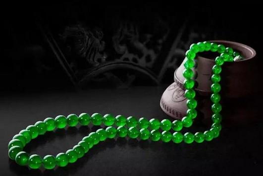 翡翠珠链佩戴的数量有什么寓意?你了解多少?