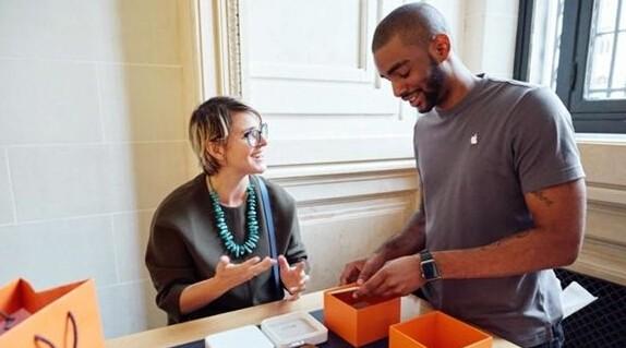 买爱马仕Apple Watch都是冲着表带来的吗?